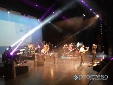 En el concierto se rindió homenaja a figuras emblemáticas de la cultura cubana como Reinaldo Miravalles, Sergio Corrieri