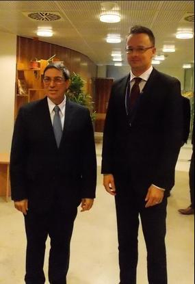 Bruno Rodríguez y Péter Szíjjartó, Ministro de Asuntos Exteriores y Comercio de Hungría