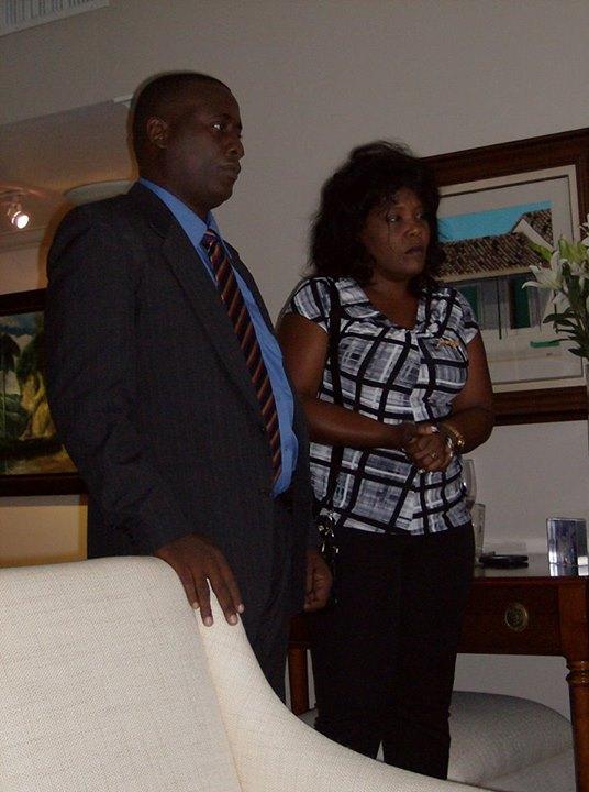 Antúnez y su esposa en visita de protocolo en casa del terrorista Luis Posada Carriles