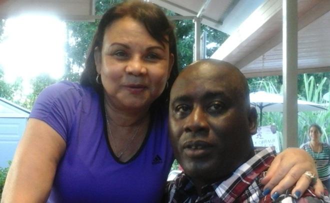 Antunez y su amiga en casa del terrorista Santiago Álvarez